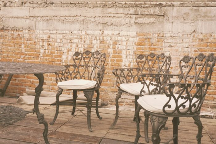 san miguel de allende- three best friends sit on the terrace  - coffee shop - tea time