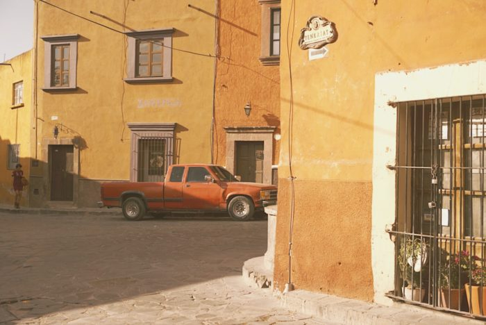 san miguel de allende - street - truck - turning corners - street photography - vintage retro - mexico - travel adventure roam - freedom